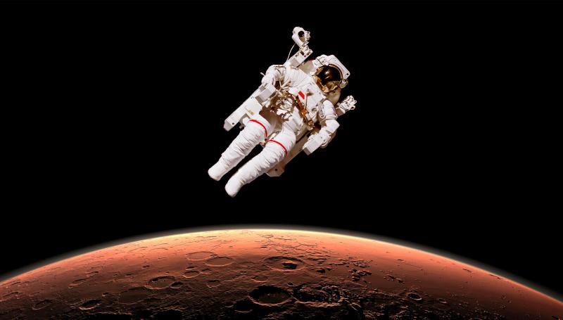 astronaute echappant à la gravite de mars
